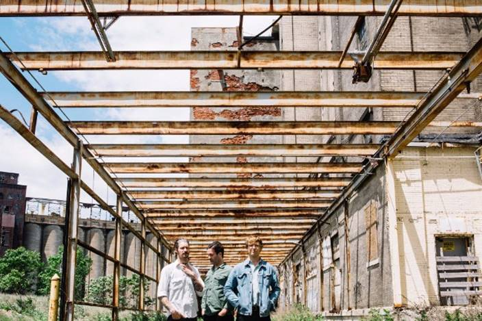 """NEWS: METZ share """"Mess of Wires"""""""