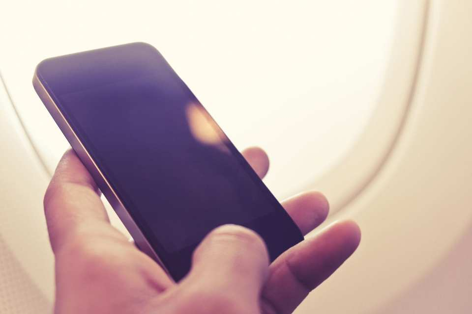 mobile phone airplane