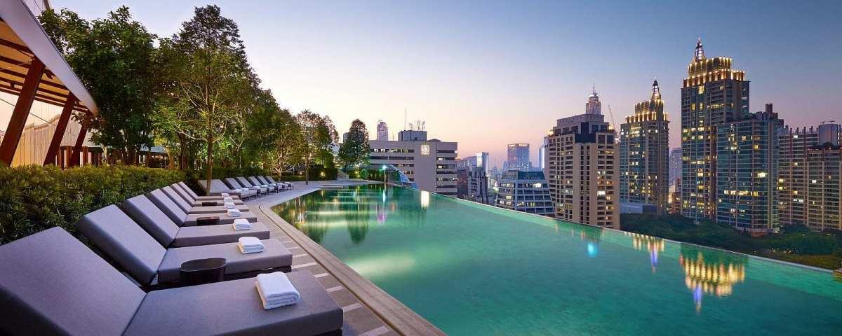 Park-Hyatt-Bangkok-Pool-Dusk