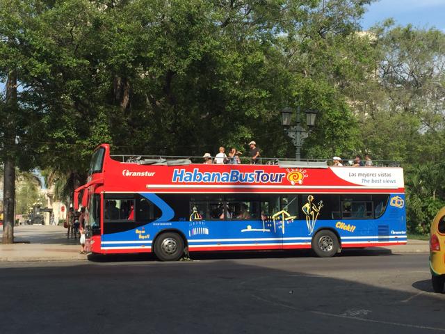 hop on bus in Havana