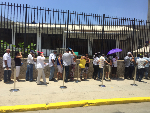 line outside US embassy in Havana