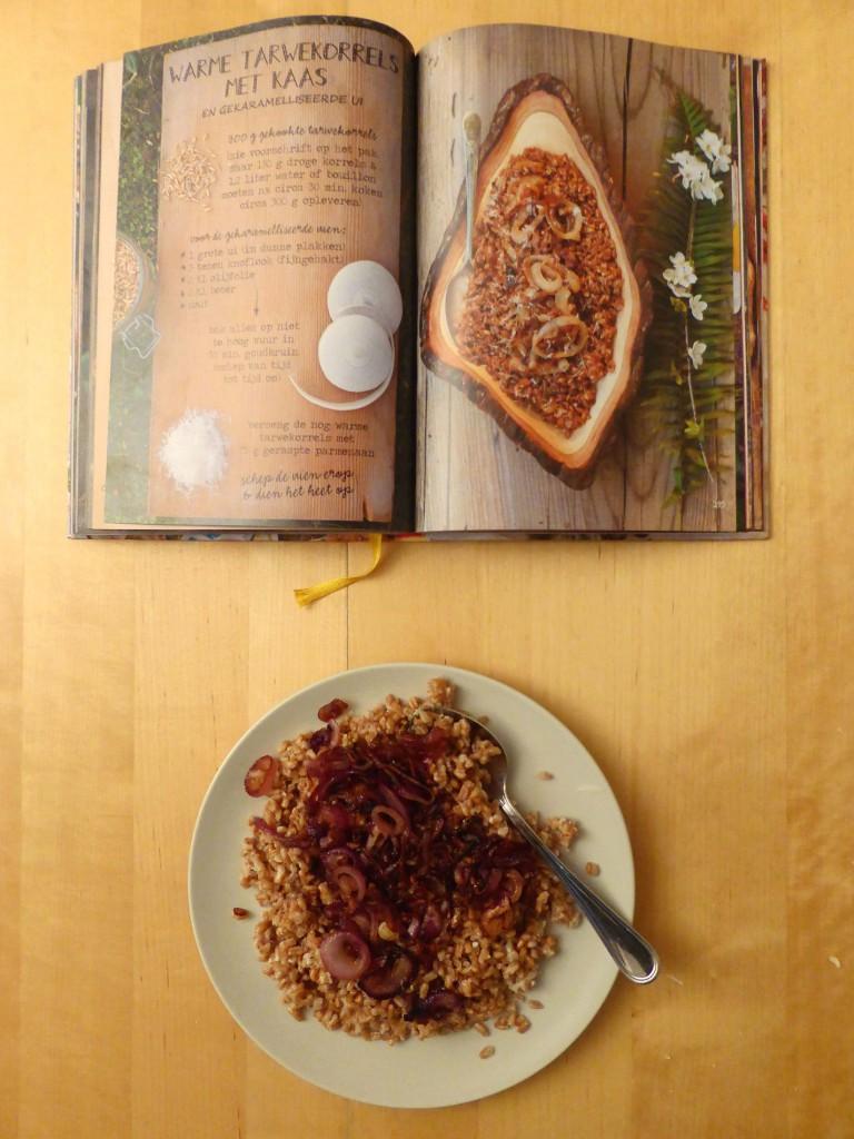 warme tarwekorrels met gekarameliseerde ui en parmezaan easy dinner goestjes the forest feast