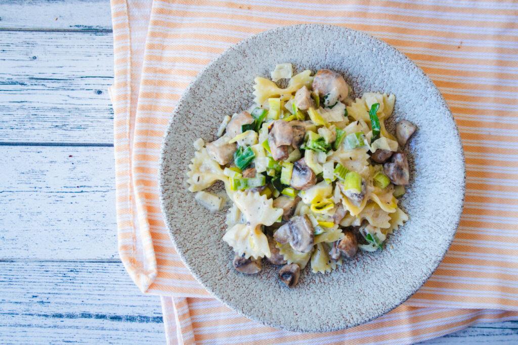 poepsimpele pasta met prei champignons geitenkaas goestjes