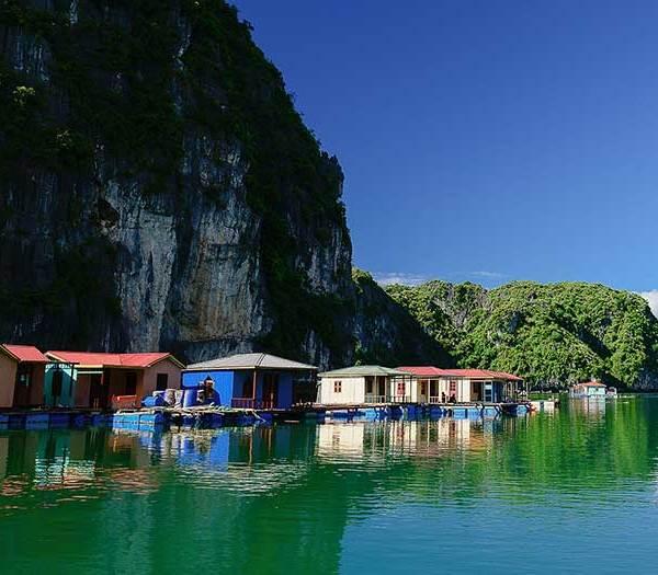 Vung Vieng Floating Fishing Village, Halong Bay, Vietnam