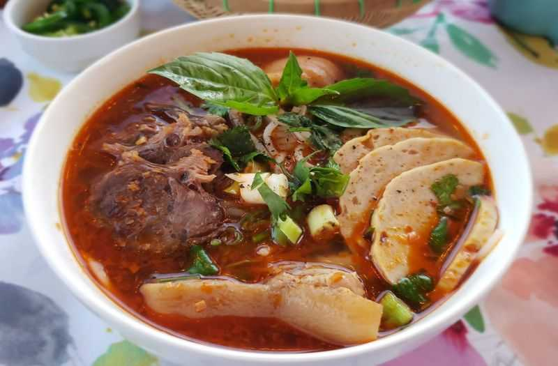 Rice Noodle and Beef Soup of Hue (Vietnamese Food - Beginer guide to Vietnam)
