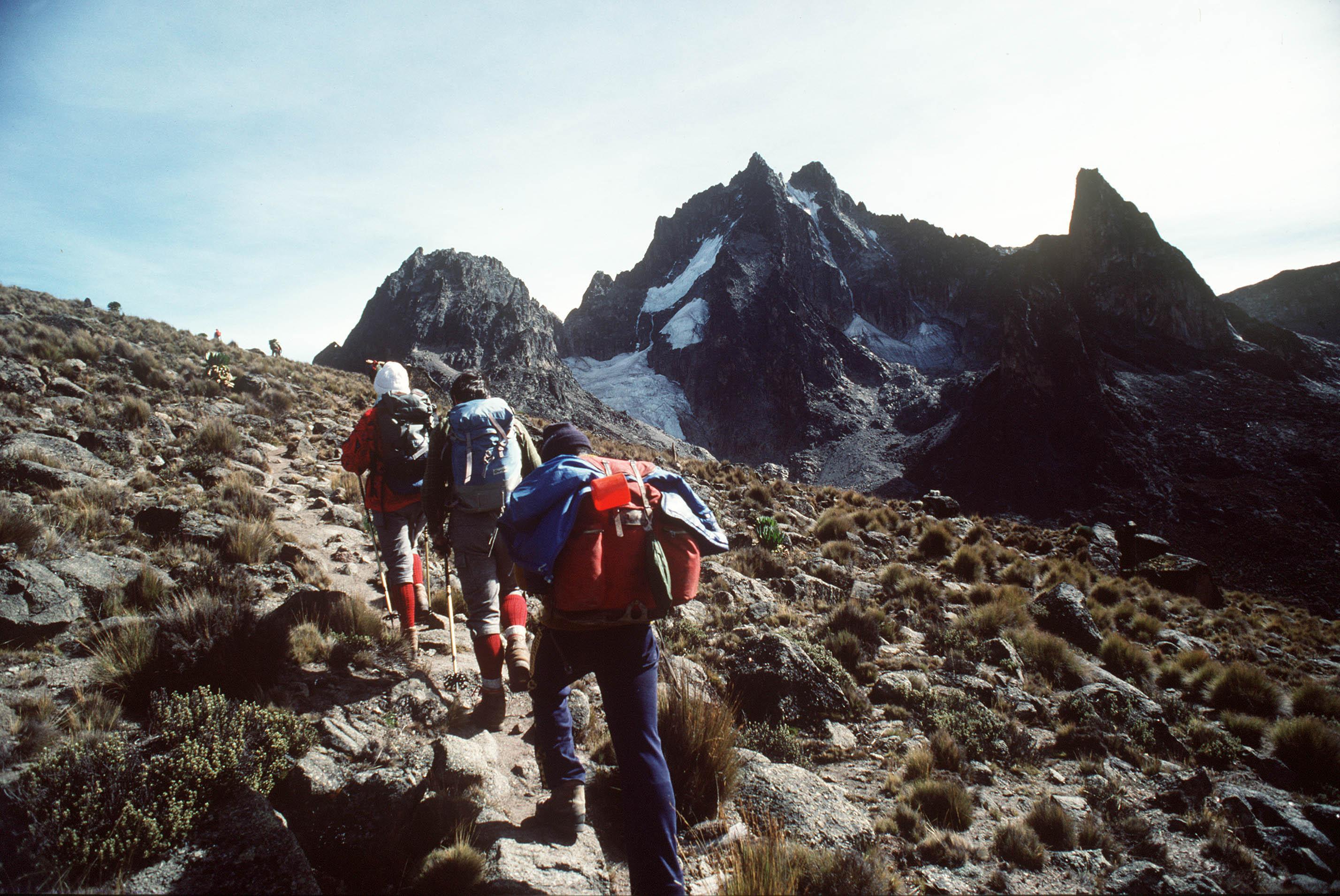 Climb Mount Kenya Sirimon Chogoria Route 5 Days GS 060
