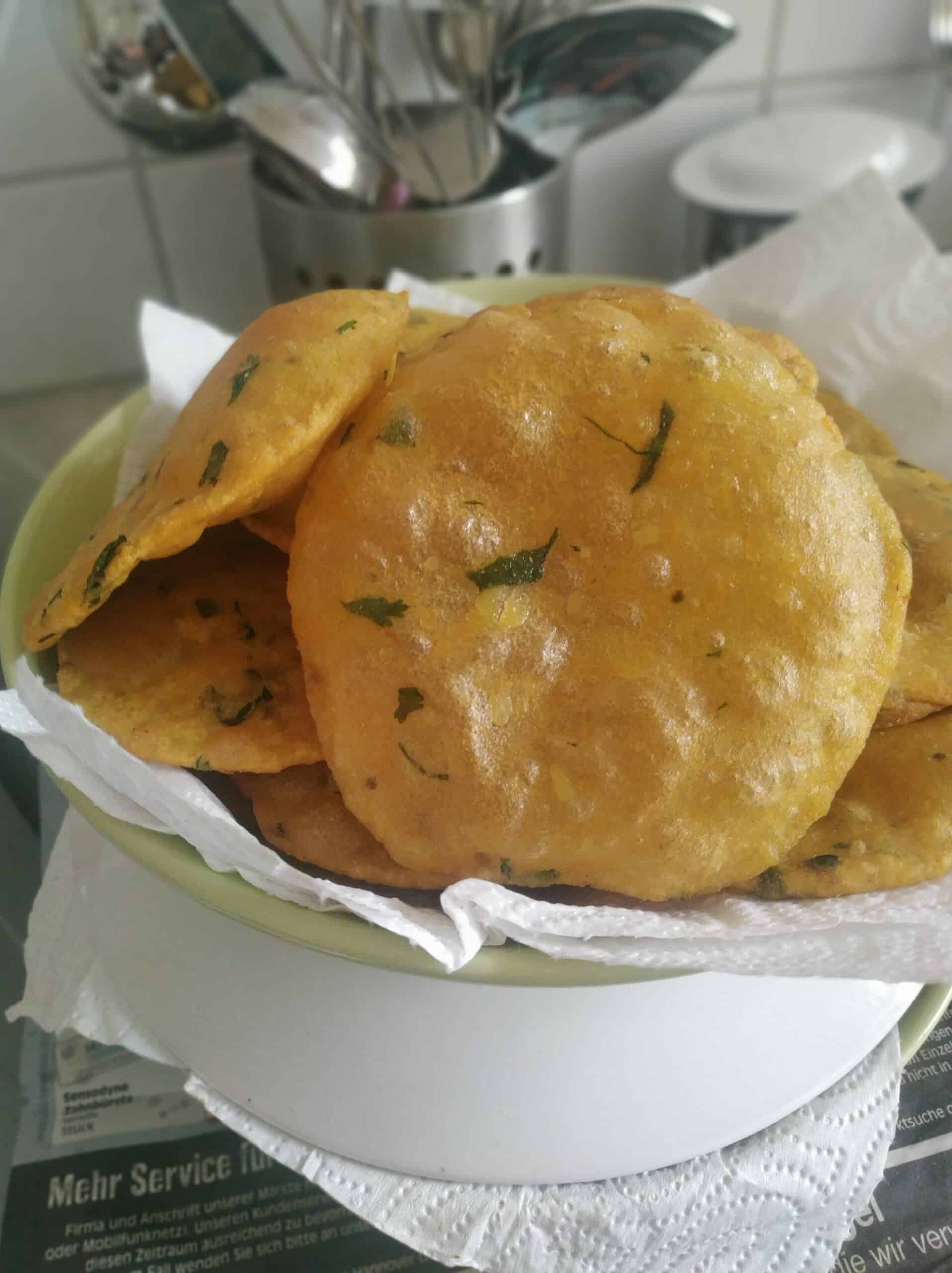 Aloo puri recipe