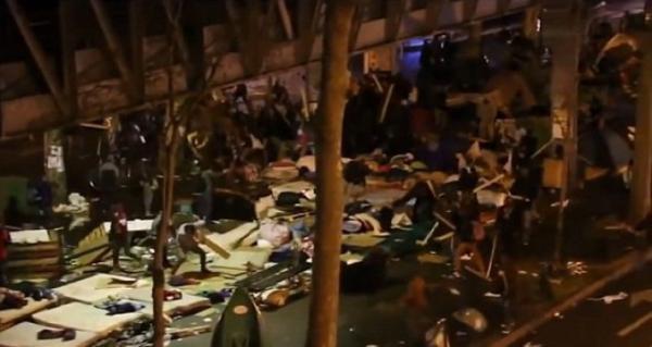 Проблема мигрантов. Во что превратили Париж беженцы из Африки (ФОТО)