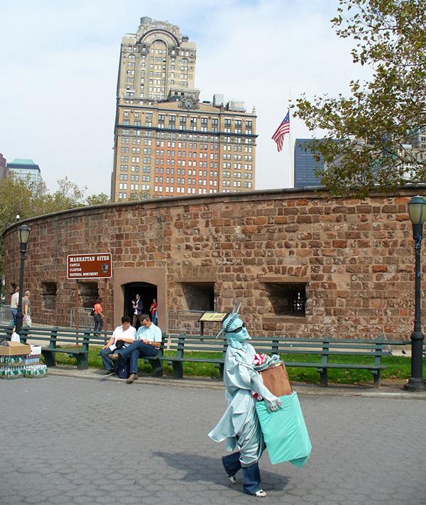 Walking Statue of Liberty