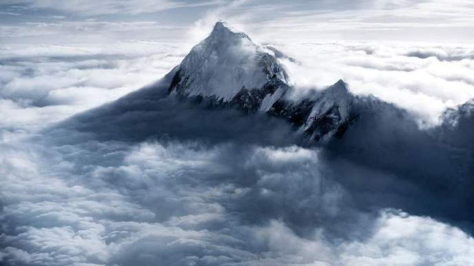 Everest-114940213-05686679-ad39-44e6-b5a9-9a8a42d83d96
