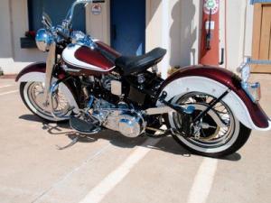 1962 FLH Harley PanHead
