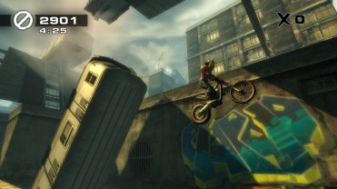 urban-trials-playstation-vita-1336053302-010
