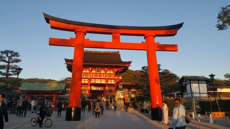 torri japon tokyo