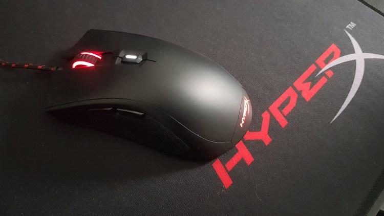 test souris HyperX Pulsefire FPS