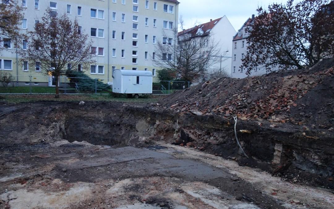 Erste Bauarbeiten für die neue Kindertagesstätte an der Ecke Möckernsche / Herloßsohnstraße