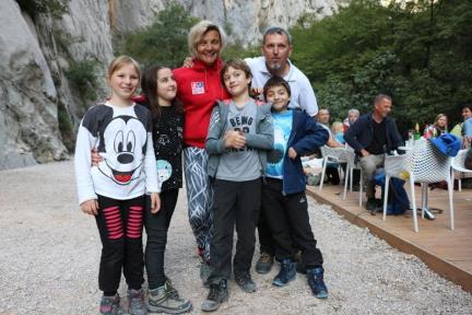 Milena Šijan, koja se 2009. kao članica hrvatske ženske alpinističke ekspedicije uspela na vrh Mount Everesta., najviše je impresionirala male Gojzeke.
