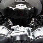 Lamborghini Aventador LP700 V12 Motor Yakın