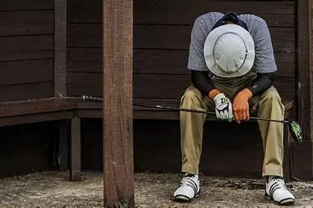 Unfit, tired golfer