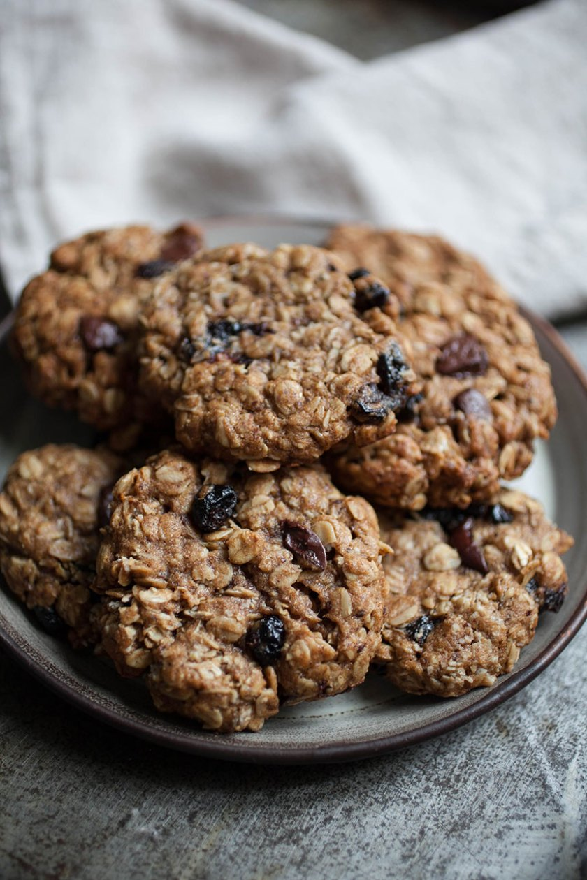 Chocolate Cherry Oatmeal Cookies_2_Gold&Thyme