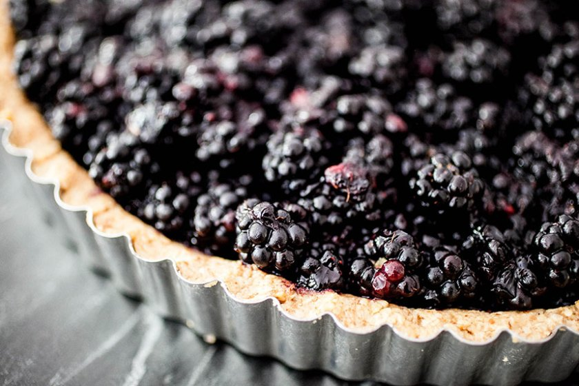 Fresh Blackberry Tart + Walnut Crust_13_Gold&Thyme