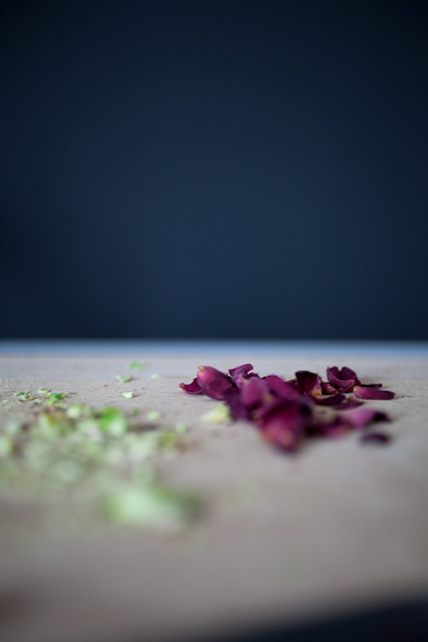 Rose & Pistachio Granola_2_Gold&Thyme