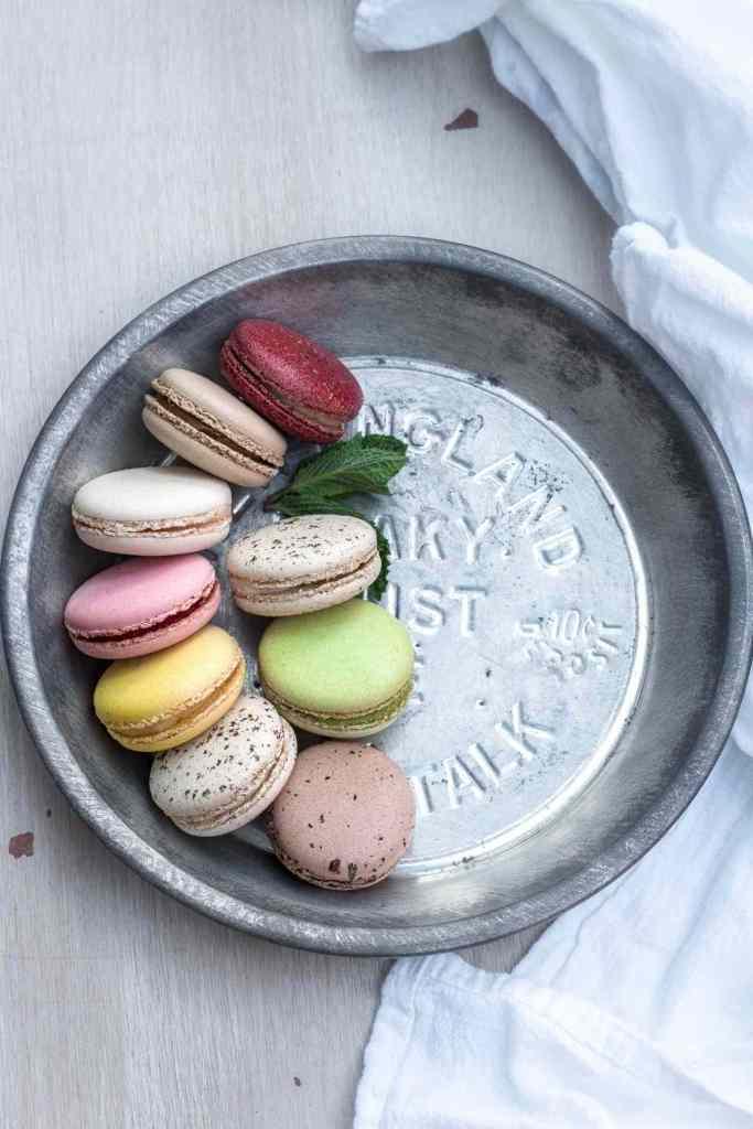 Verschiedene bunte Macarons
