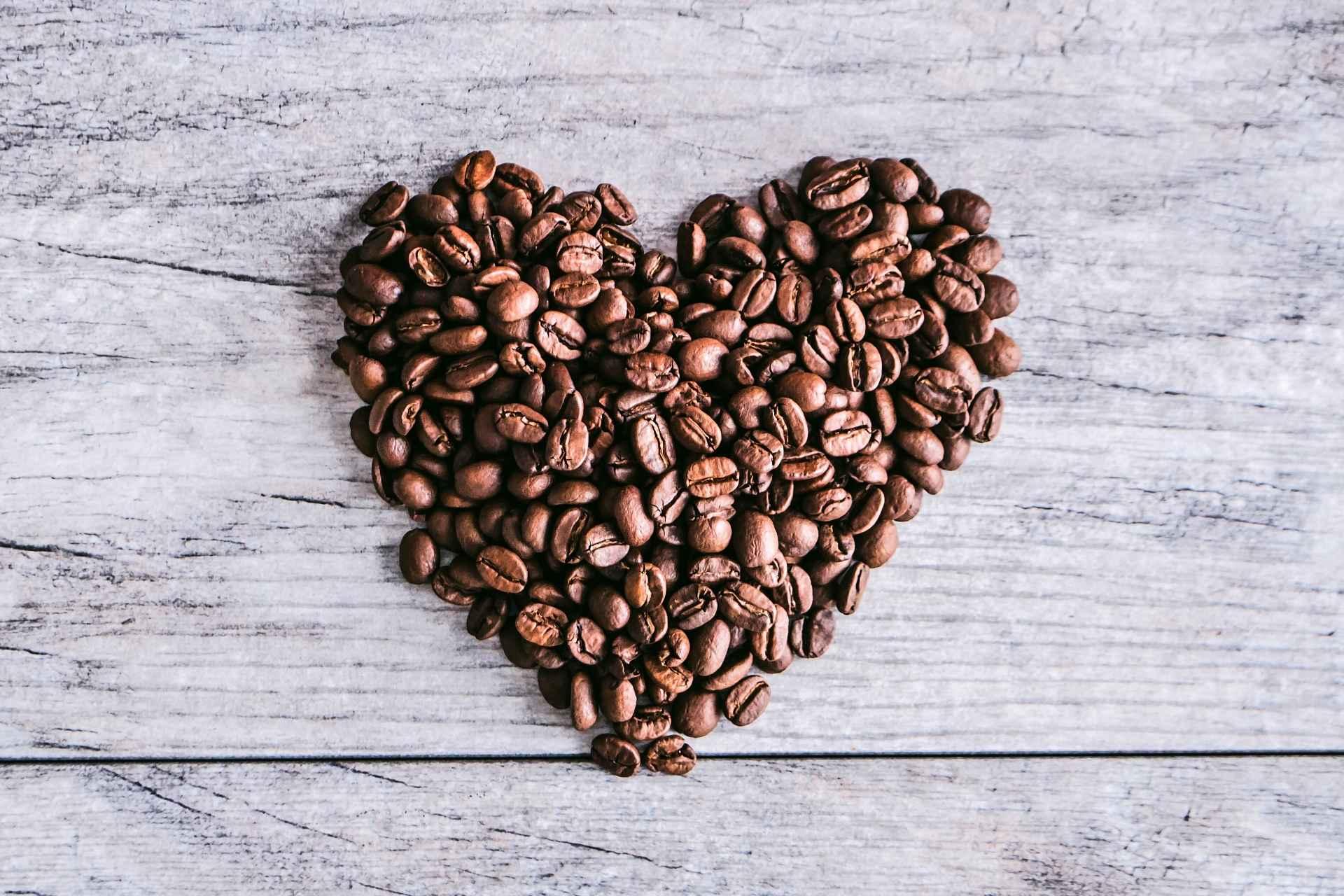 Kaffeebohnen-Herz
