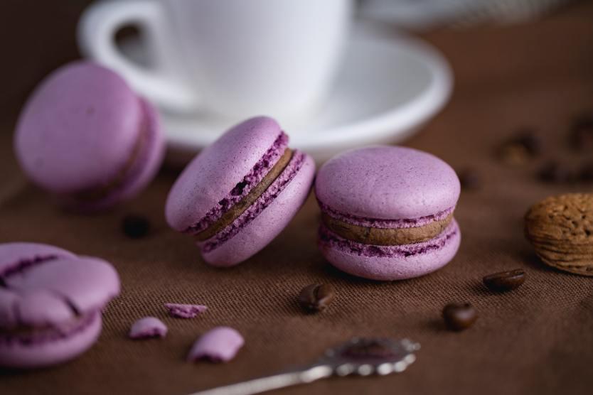 Lilafarbene Macarons