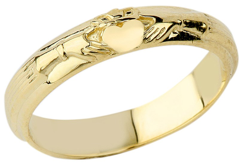 Claddagh Wedding Ring in 9ct Gold