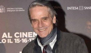 Jeremy Irons ('Watchmen'): Spellbound with his 'bizarre, witty' character of Adrian Veidt [EXCLUSIVE VIDEO INTERVIEW]