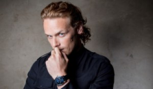 15 Reasons We Passionately Love Sam Heughan So Much