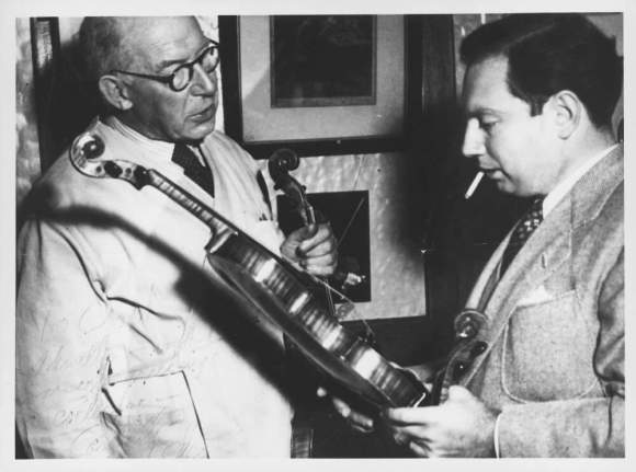Arthur Edward Smith and Isaac Stern in Sydney, 1947. Photo courtesy of the National Library of Australia
