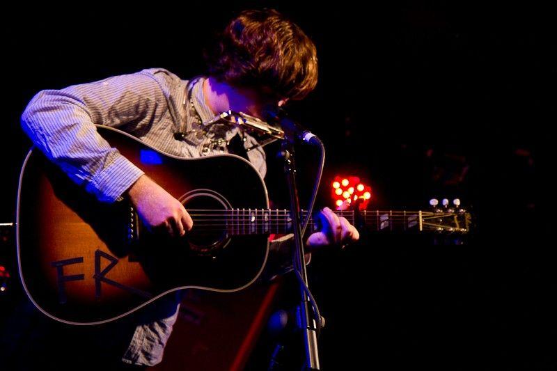 Fionn Regan at FMC Tour (1)