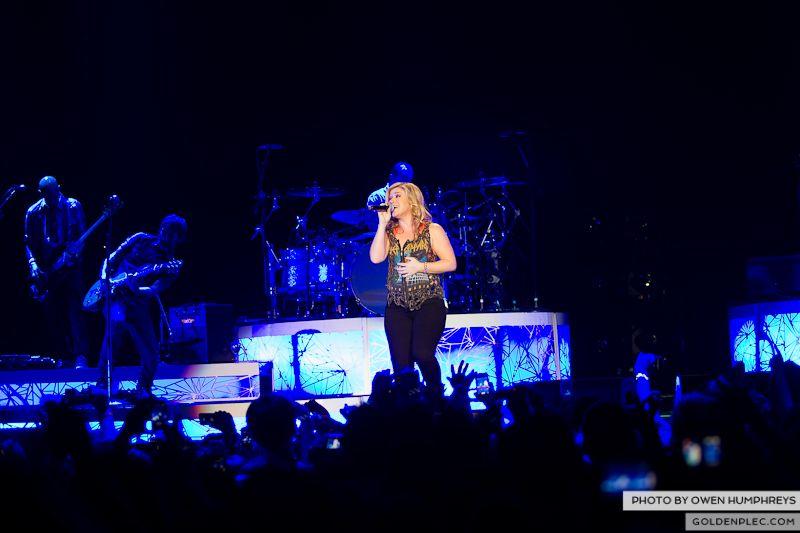 Kelly Clarkson @ The O2  by Owen Humphreys-19