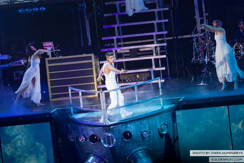 Justin Bieber @ The o2 on 17-2-13 (17)