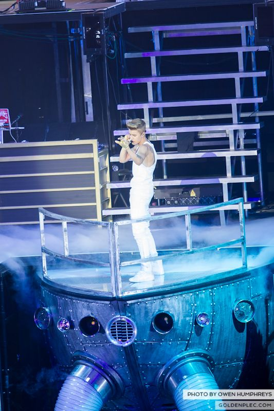 Justin Bieber @ The o2 on 17-2-13 (20)