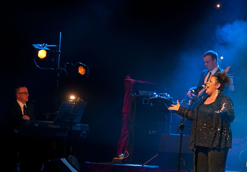 Mary Byrne @ The Olympia – Abe Tarrush (6)
