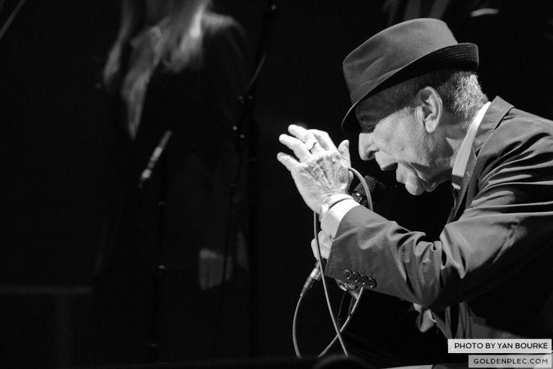 Leonard Cohen In The O2 by Yan Bourke on 110913_08
