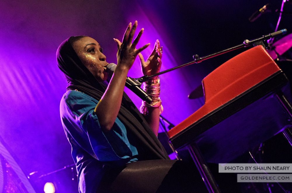 Laura Mvula at The Olympia Theatre on October 12th 2013-03