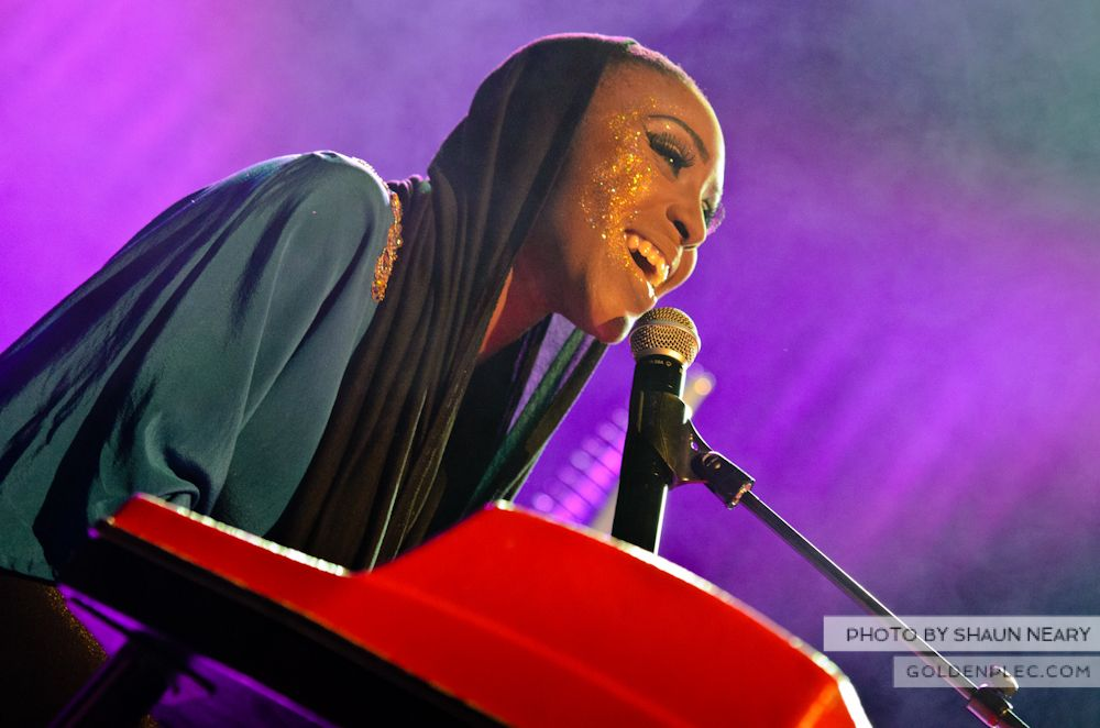 Laura Mvula at The Olympia Theatre on October 12th 2013-15