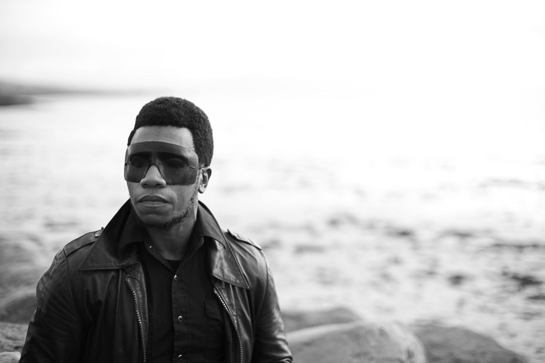 Willis Earl Beal int