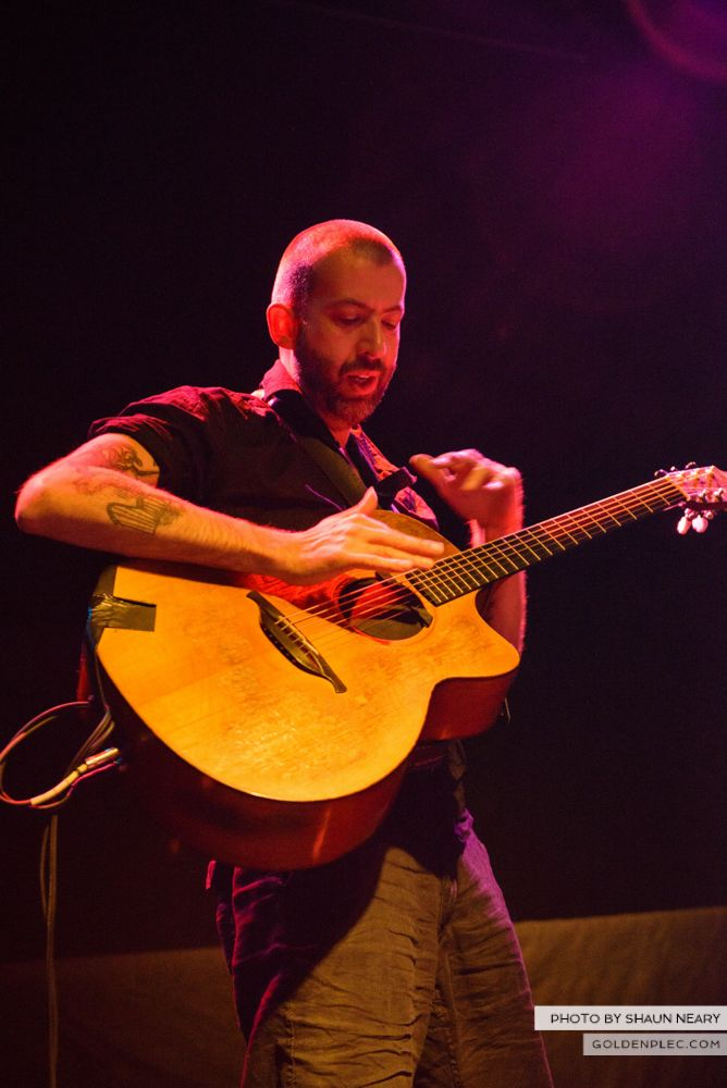 Jon Gomm at The Button Factory, Dublin on May 23rd 2014 by Shaun Neary-22