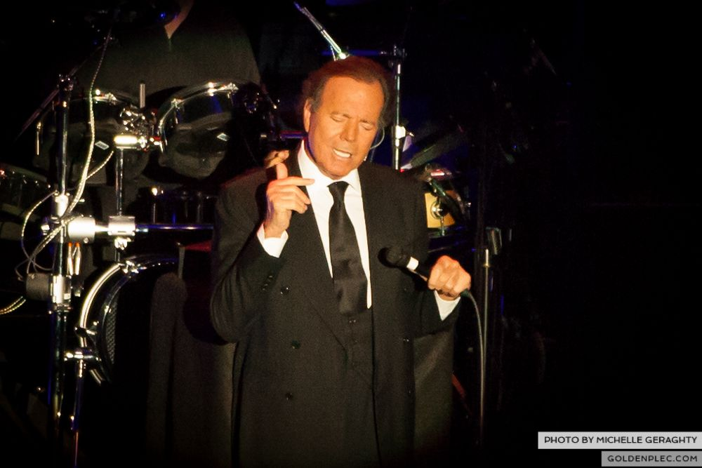 Julio Iglesias at the O2 by Michelle Geraghty-2700