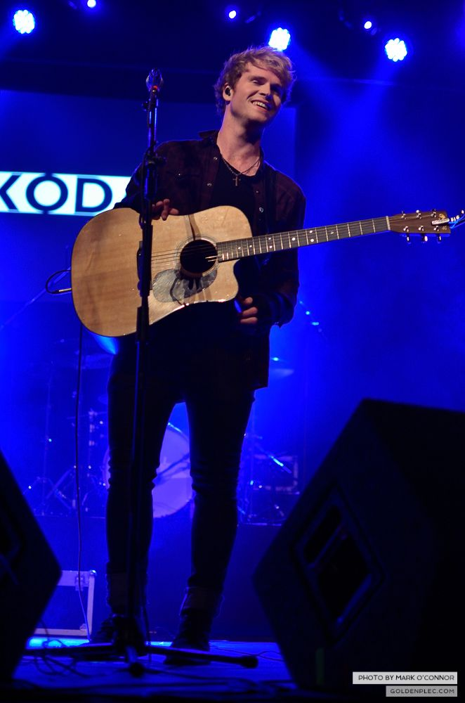 Kodaline Fm104 gig Olympia Theatre by Mark O' Connor (12 of 26)