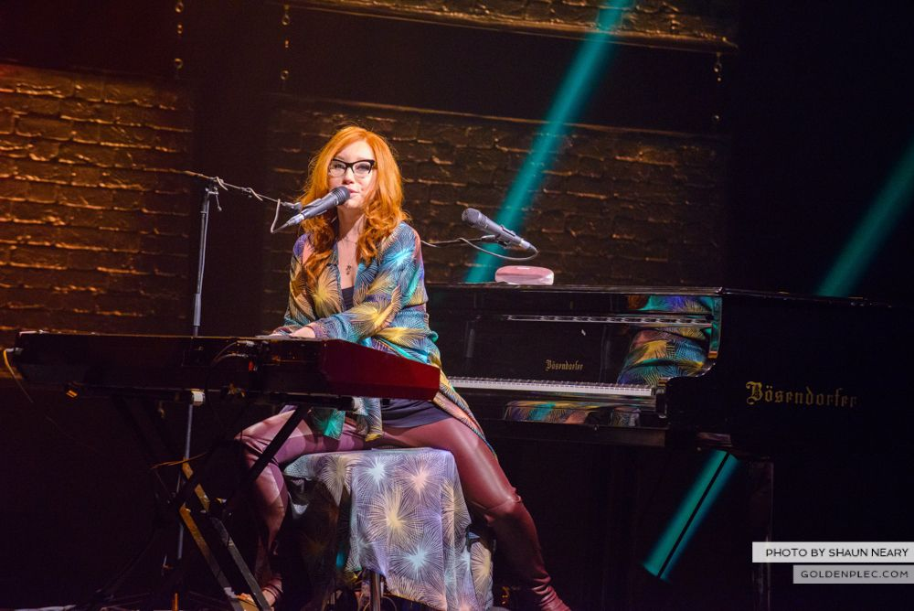 Tori Amos at The Olympia Theatre, Dublin on May 7th 2014 by Shaun Neary-14