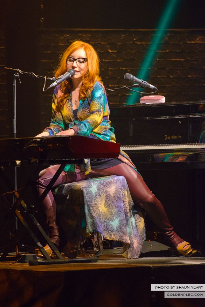 Tori Amos at The Olympia Theatre, Dublin on May 7th 2014 by Shaun Neary-15
