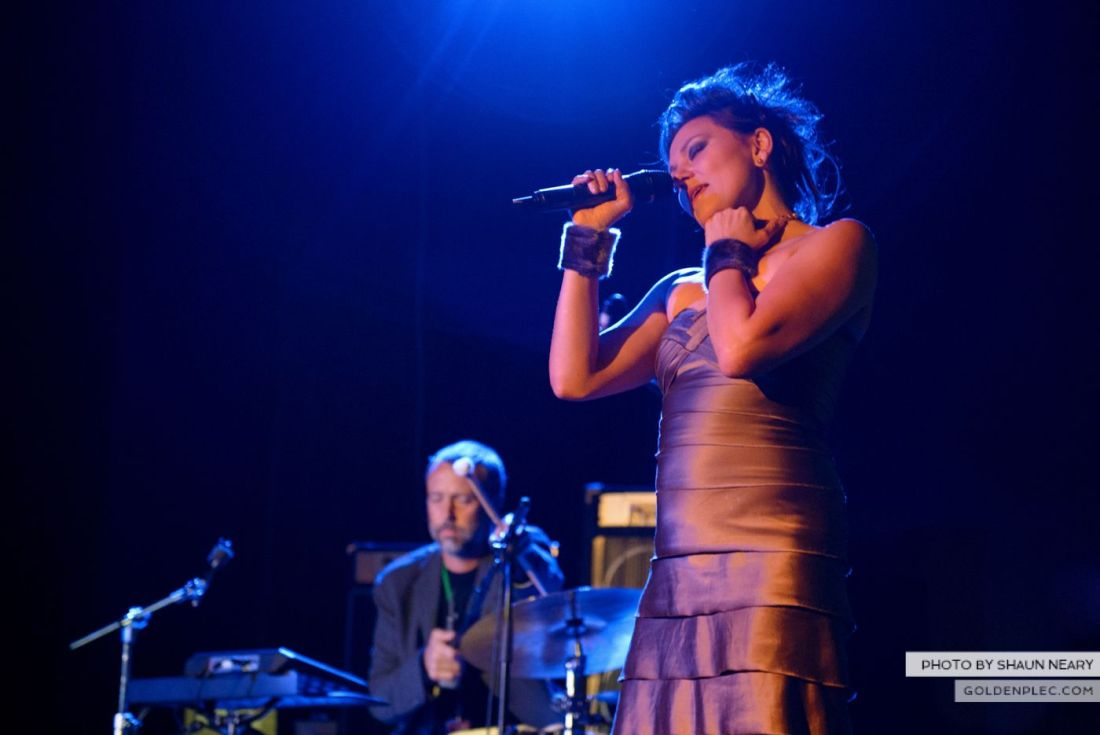 Tanya Tagaq – Meeting House Square, Dublin on September 7th 2014 by Shaun Neary-06