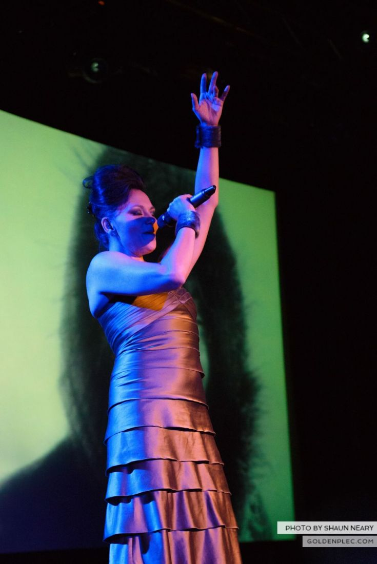 Tanya Tagaq – Meeting House Square, Dublin on September 7th 2014 by Shaun Neary-07