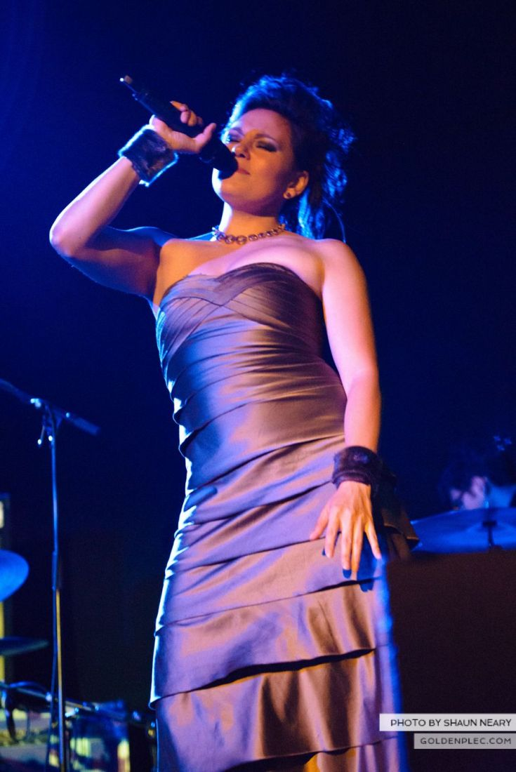 Tanya Tagaq – Meeting House Square, Dublin on September 7th 2014 by Shaun Neary-12