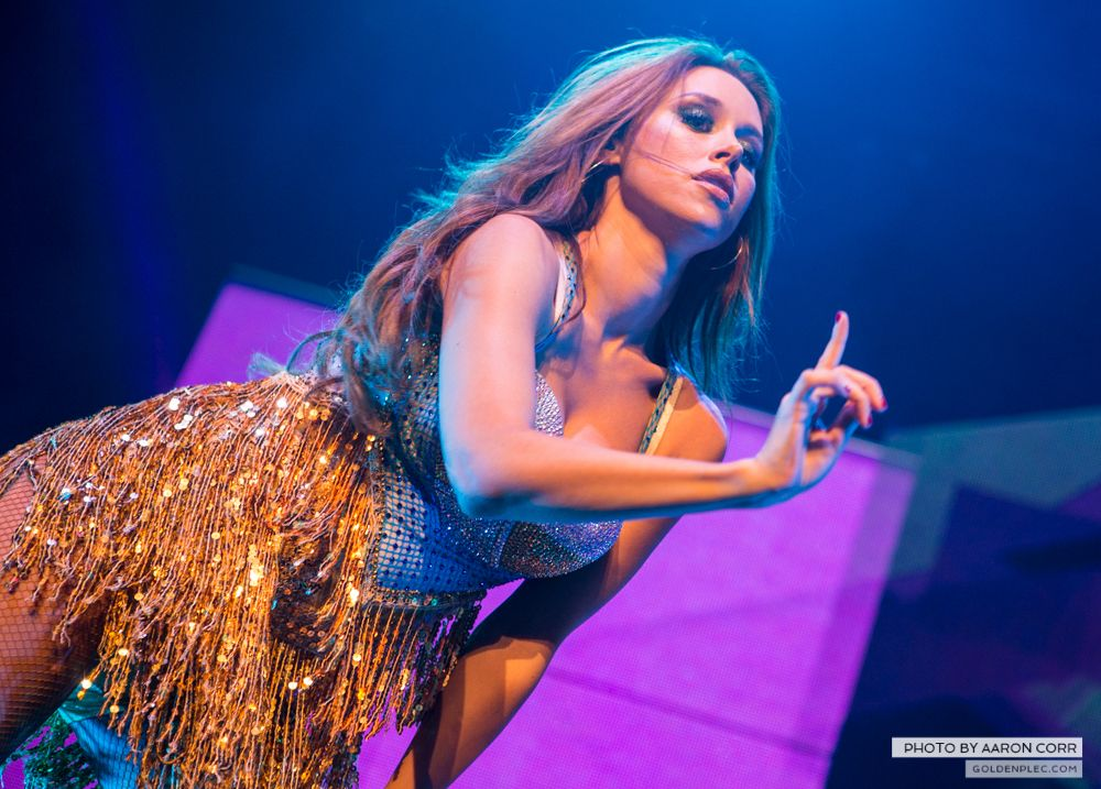 The Saturdays at Olympia by Aaron Corr-15